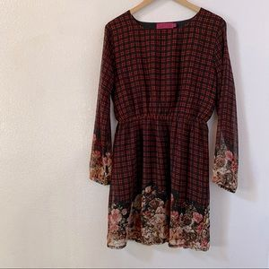 Boohoo floral and plaid pattern dress size US 6